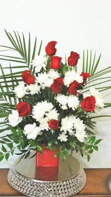 1 A Red Roses Palm leaves with white flowers